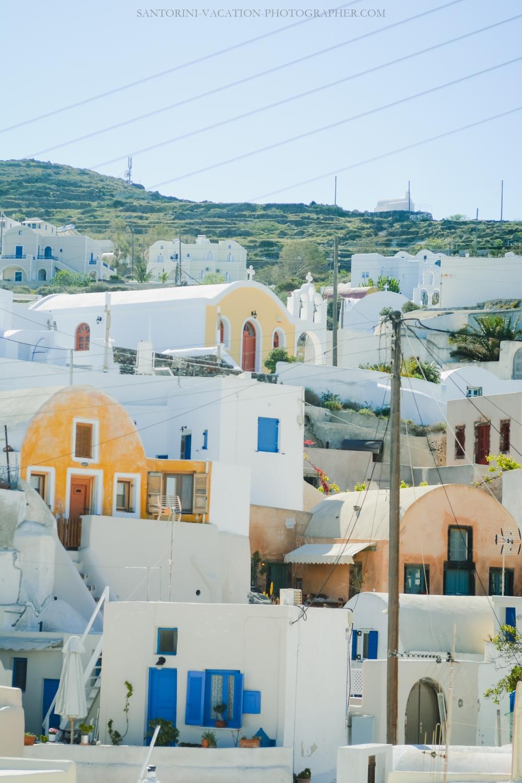 Travel-Santorini-Oia-next-village-finikia-holidays-4