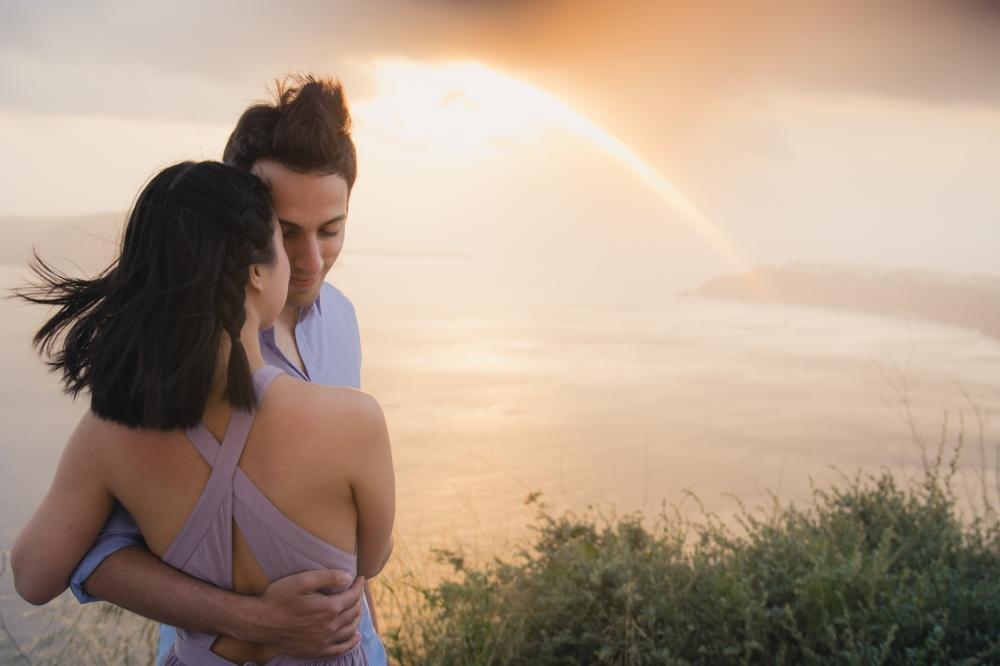 Santorini-photo-session-greece-engagement-shoot-love-story-004