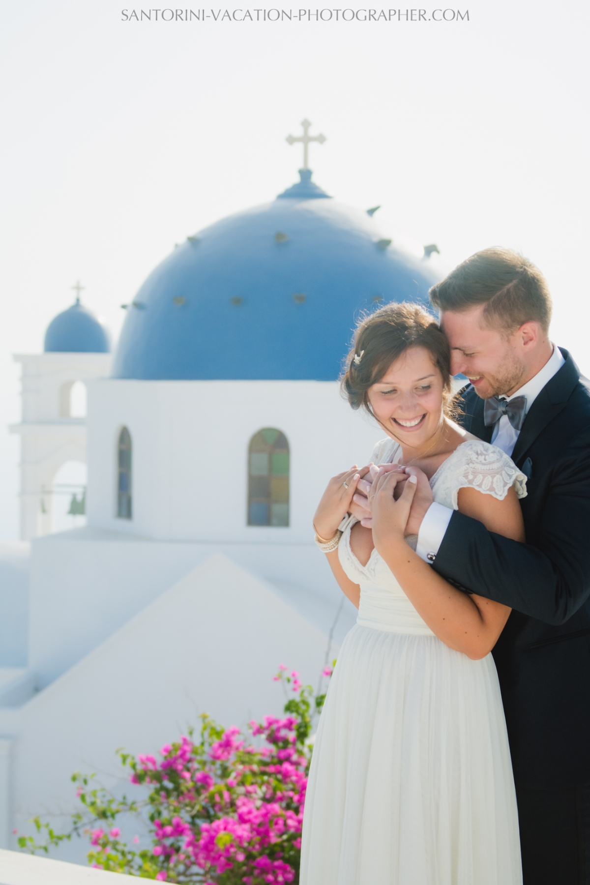 photo-shoot-santorini-blue-domes-post-wedding-destination-2