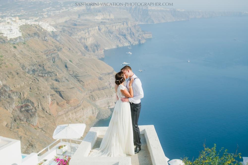 photo-shoot-santorini-blue-domes-post-wedding-destination-5