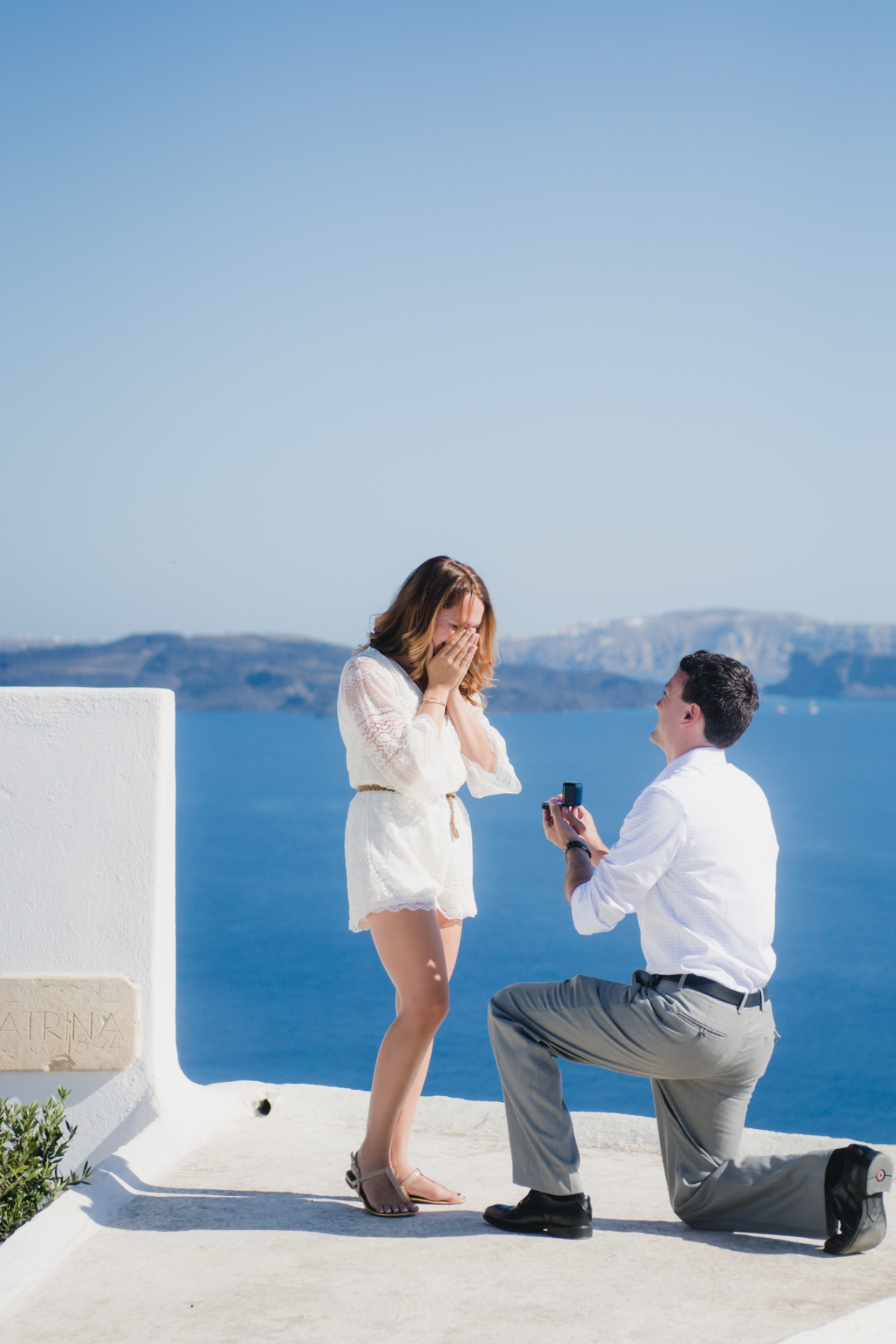 proposal-santorini-destination-surprise-oia-thira-photo-shoot-002