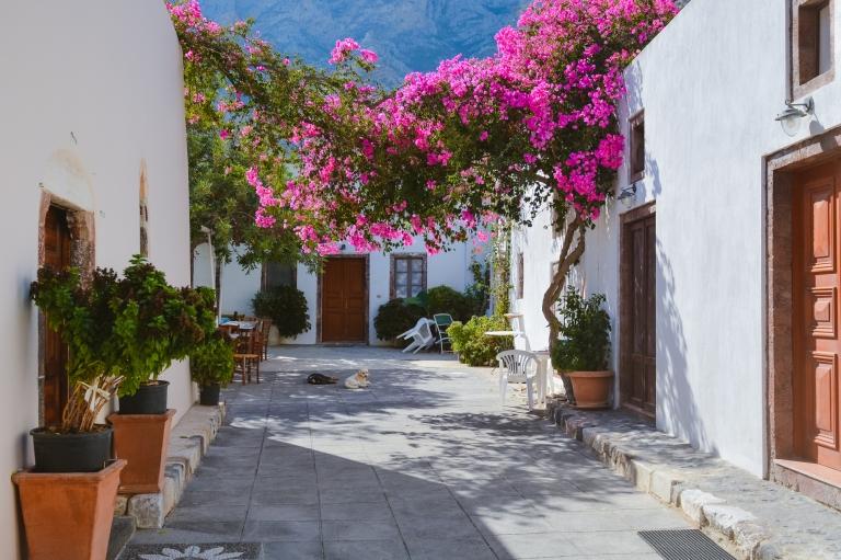 panagia-episkopi-santorini-mesa-gonia-village-explore-find003