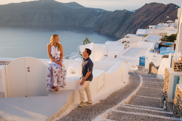santorini-destination-photo-session-vacation-post-wedding-002