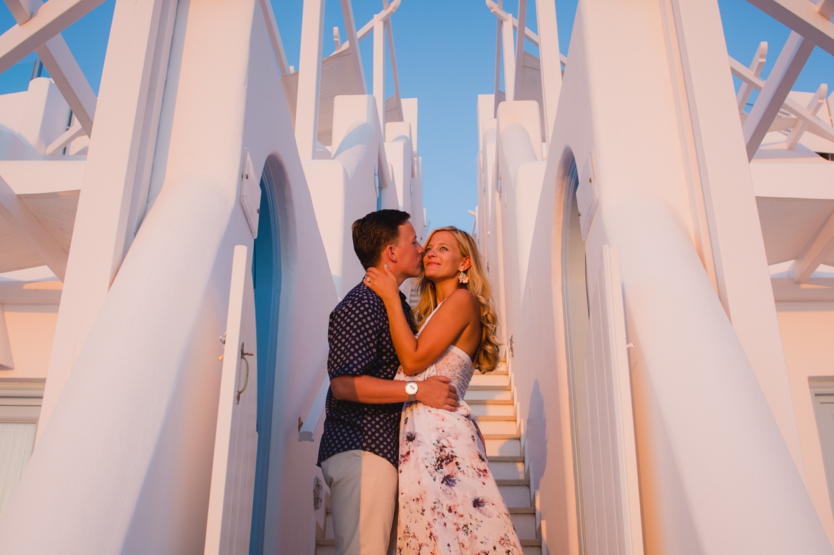 santorini-destination-photo-session-vacation-post-wedding-006