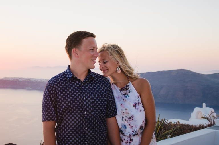 santorini-destination-photo-session-vacation-post-wedding-007