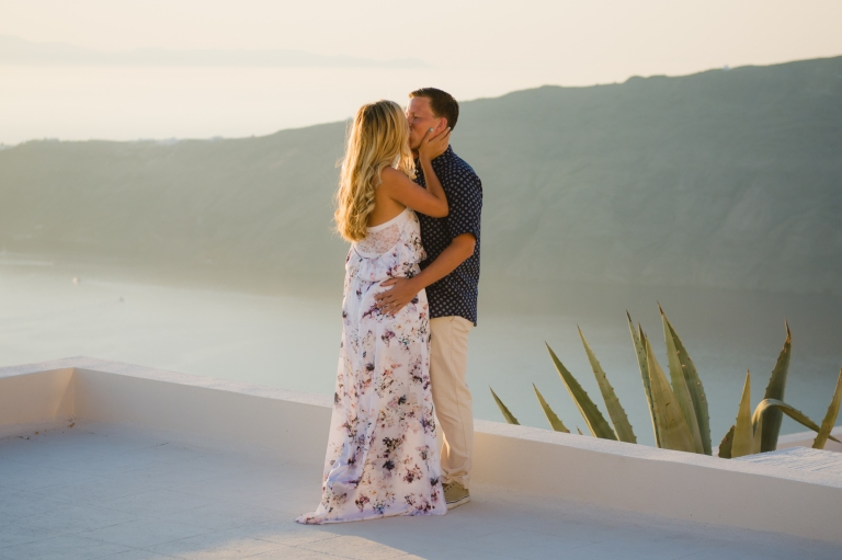 santorini-elopement-sunset-couples-photo-session-001