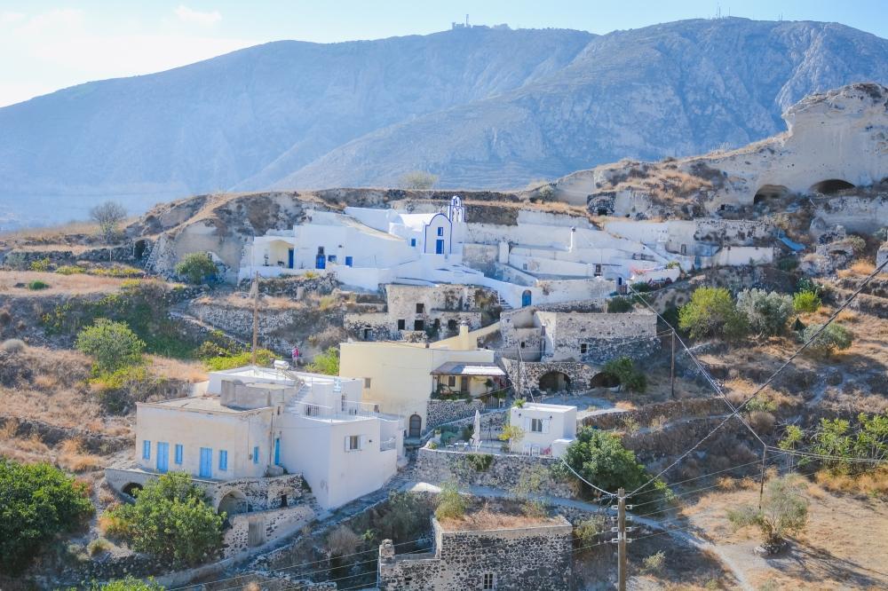 santorini-mesa-gonia-village-thera-vacation-photography-explore001