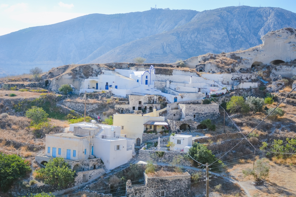 santorini-mesa-gonia-village-thera-vacation-photography-explore001