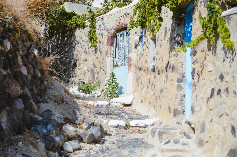 santorini-mesa-gonia-village-thera-vacation-photography-explore004