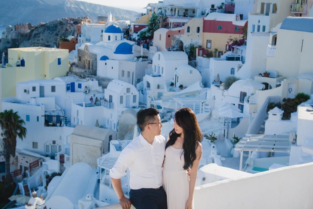 santorini-proposal-photo-session-love-story-fine-art-photographer-006