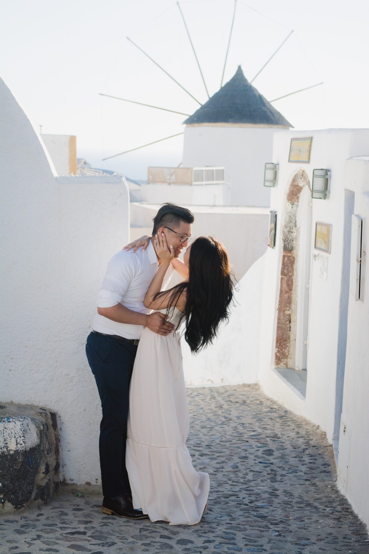 santorini-proposal-photo-session-love-story-fine-art-photographer-008
