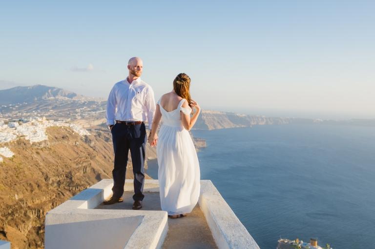 santorini-first-look-vow-exchange-destination-elopment-greece-005