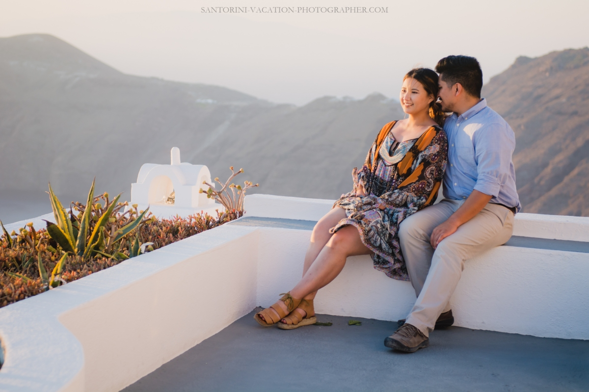engagement-in-santorini-photo-shoot-surprise-proposal-003