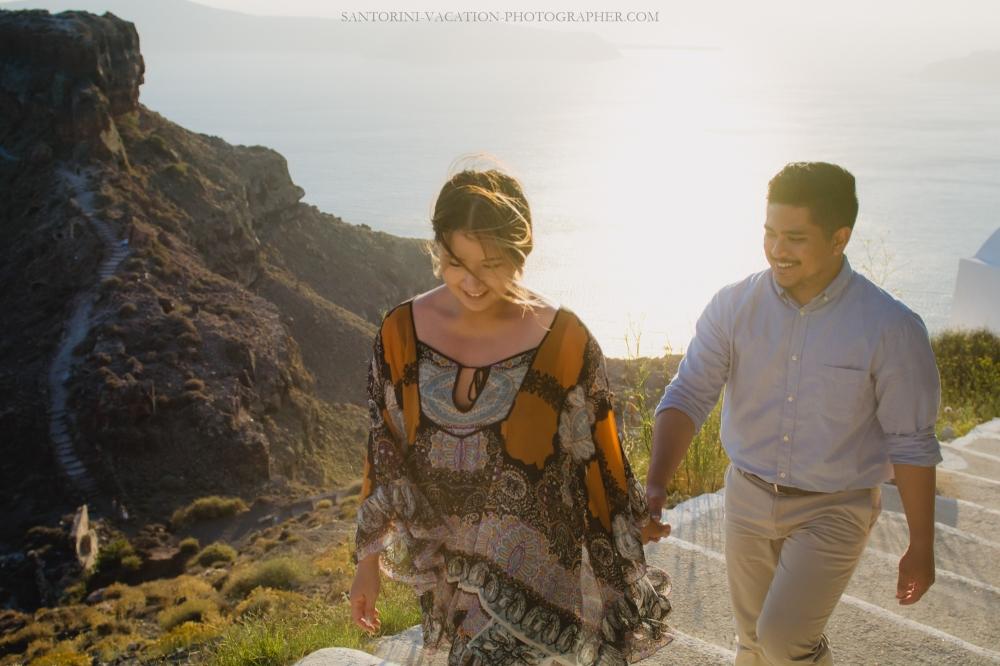 intimate-proposal-moments-in-santorini-imerovigli-006