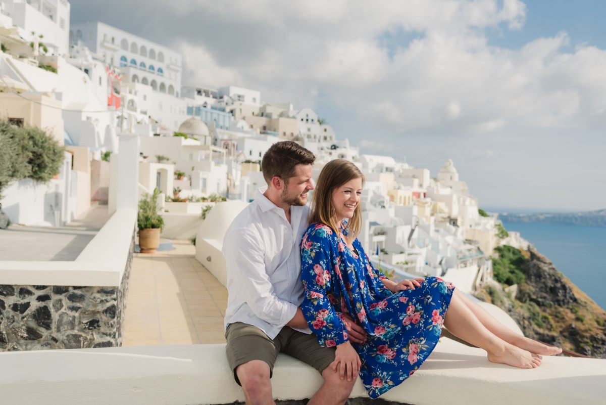 Photo-session-Santorini-engagement-love-story-001