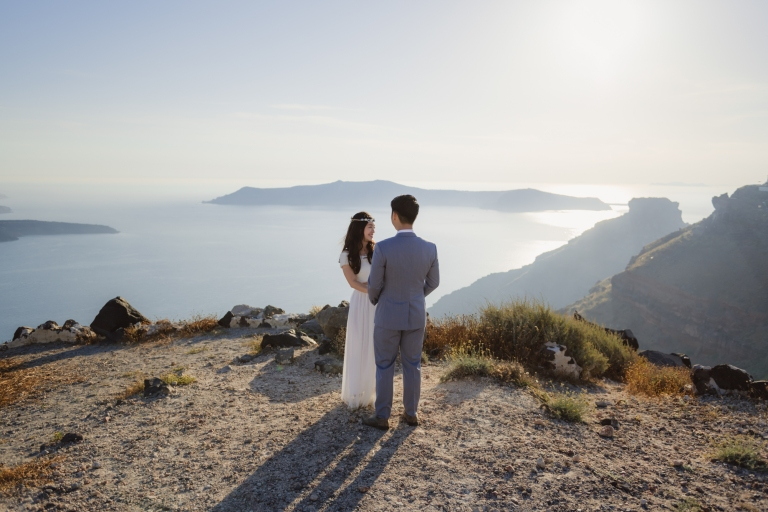 Photo-session-Santorini-engagement-love-story-004