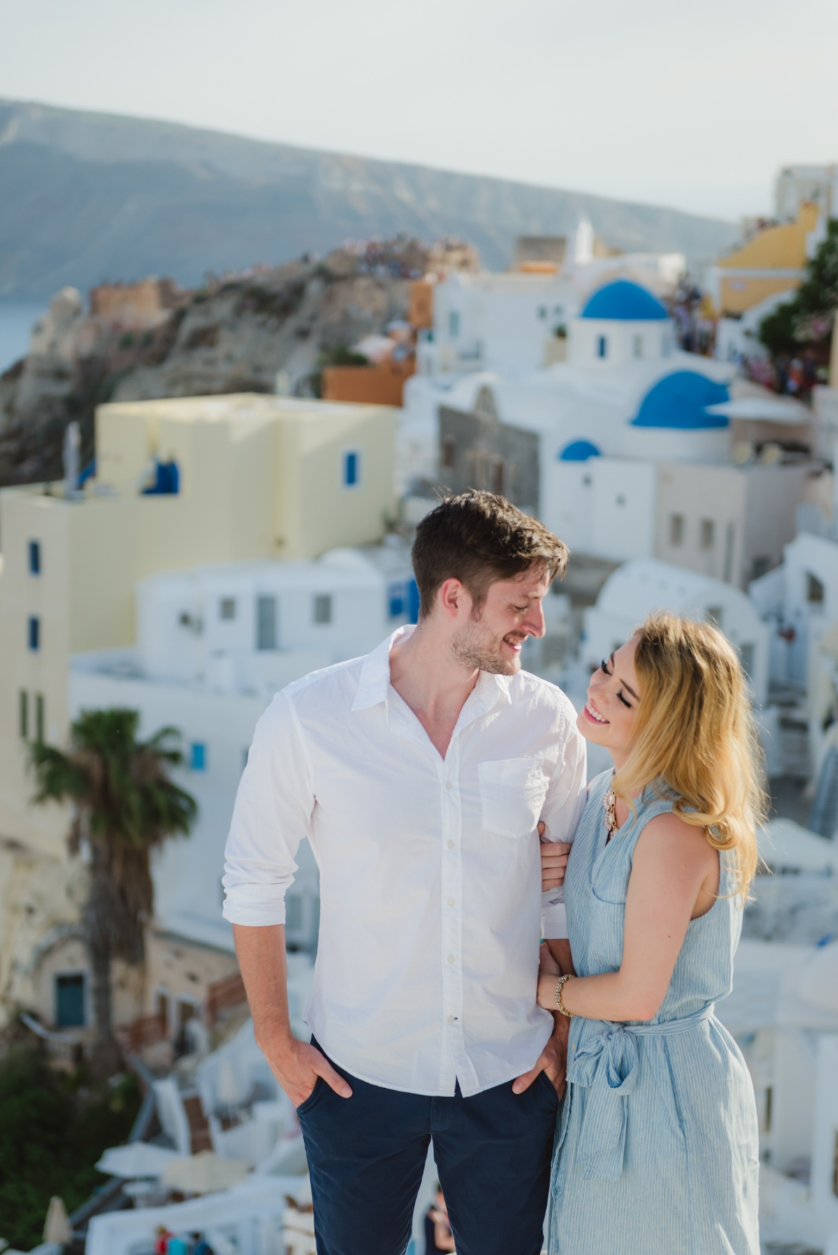 Photo-session-Santorini-engagement-love-story-005