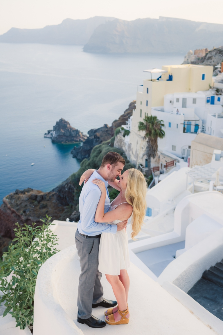 Santorini-fun-photo-shoot-what-to-do-003