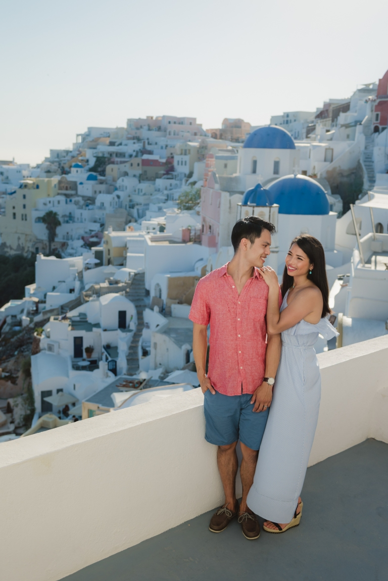 Santorini-fun-photo-shoot-what-to-do-005