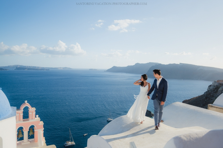 Santorini-post-wedding-shoot-on-the-greek-island-004