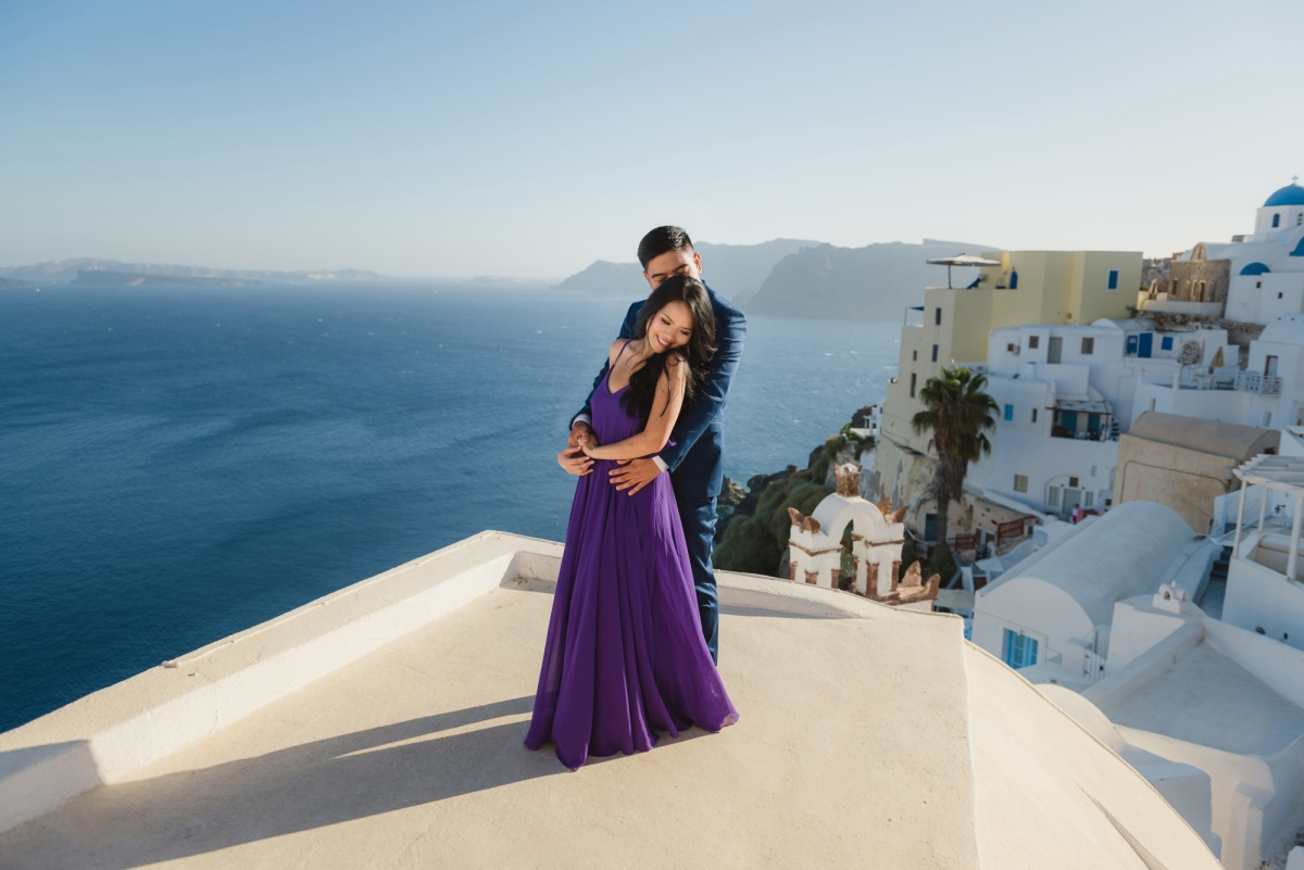 Santorini-proposal-engagement-session-Anna-Sulte-002