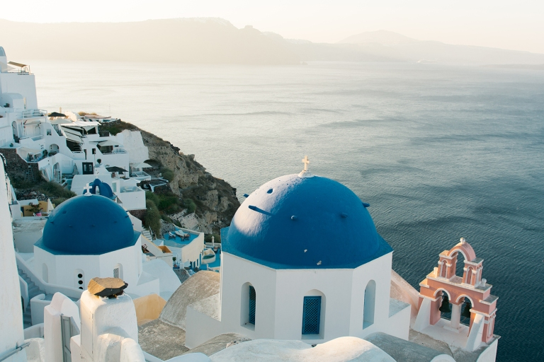 When to visit Santorini?